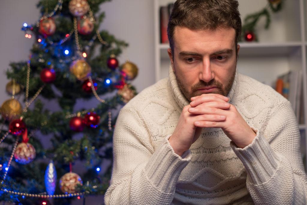 holiday blues, christmas depression, alone on christmas, seasonal affective disorder, sad, not happy holiday