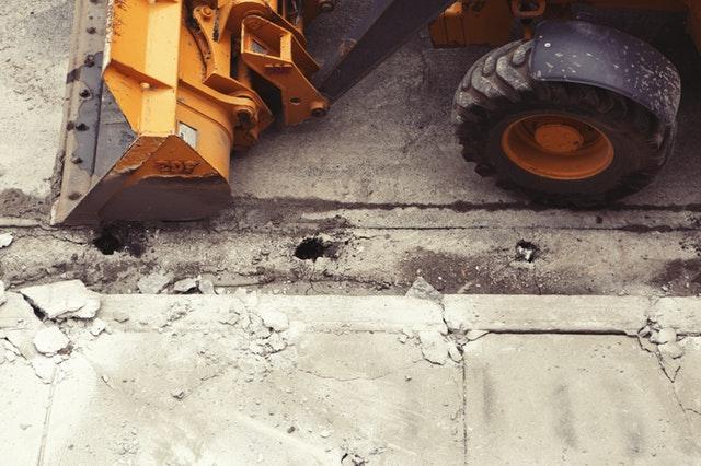 road work, lane closed, construction, big trucks, dump truck, construction site, auburn wa