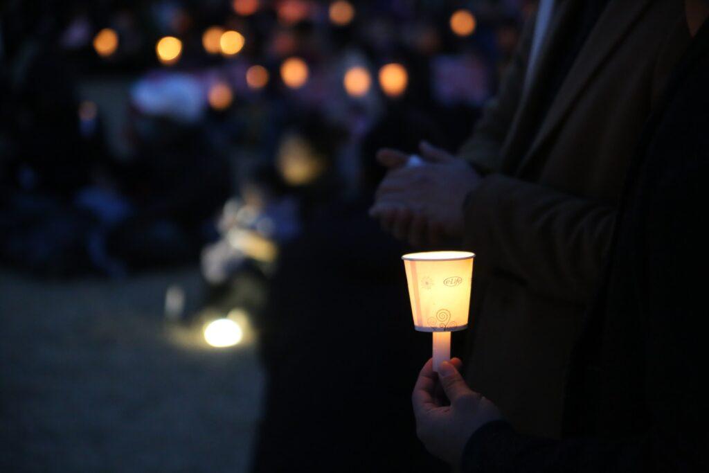vigil, mourning, mass shooting