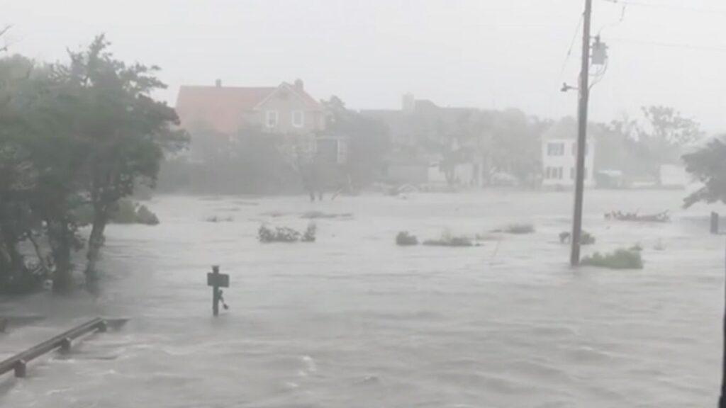 hurricane, hurricane dorian, dorian, hurricane dorian damage, hurricane flooding