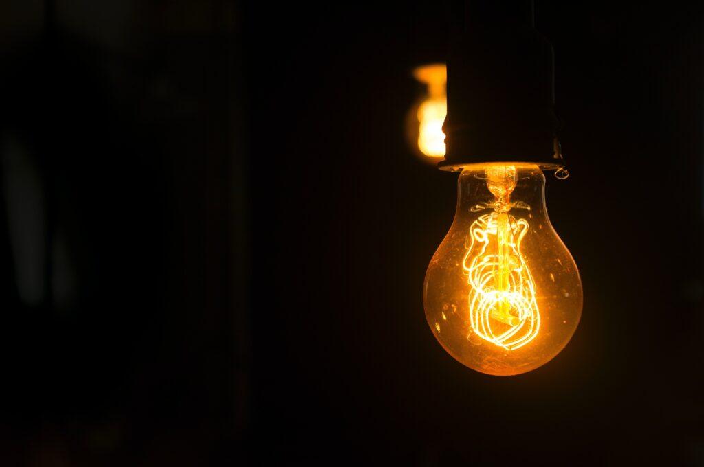 pse, lightbulb, puget sound energy, covid-19 assistance, pse assistance